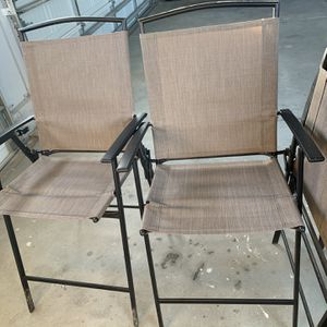 Outdoor chairs/Patio chairs excellent Condition for Sale in Andover, KS