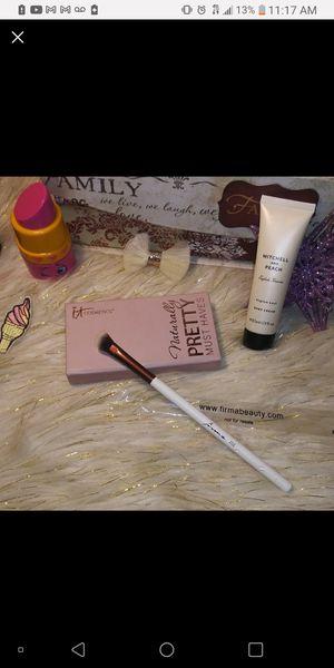 ItCosmetics Eyeshadow Palette Bundle for Sale in Stuart, FL