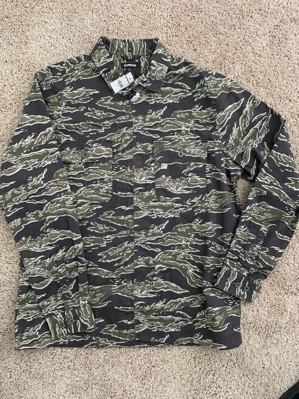 Express men camo shirt large