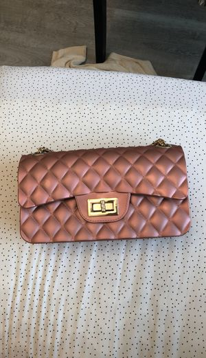 Cute rose gold bag with chain hardware straps for Sale in McKinney, TX