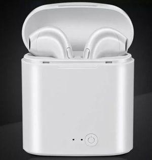 AirPod like wireless headphones I7s TWS for Sale in Southfield, MI