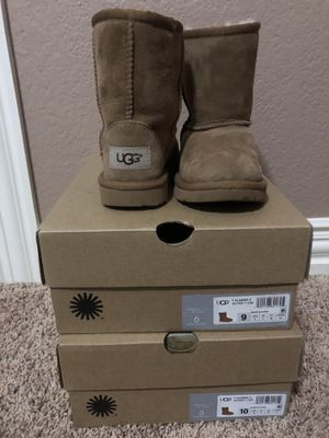 Toddler Ugg Boots 9 READ DETAILS for Sale in Arlington, TX