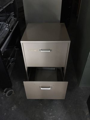 Brown two drawer file cabinet $50 for Sale in Mulberry, FL