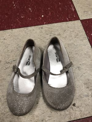 Kid's dance shoe size 11.5 for Sale in New Milford, CT