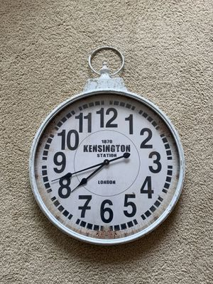 32 in. x 24 in. London inspired antique round wall clock for Sale in Irvine, CA