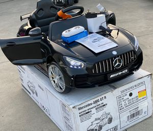 BRAND NEW Mercedes Benz AMG GT -R 12volt REMOTE CONTROL MODEL electric kid ride on car power wheels for Sale in Long Beach, CA