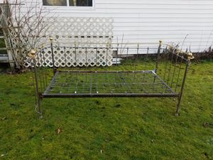 Steel and brass day bed for Sale in Tacoma, WA