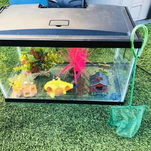 Fish Tank And All Accessories 10gallon for Sale in Ontario, CA