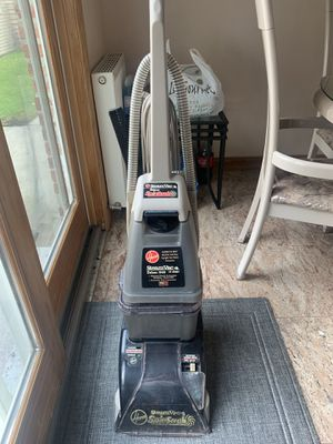 Hoover steam vacuum for Sale in Staten Island, NY