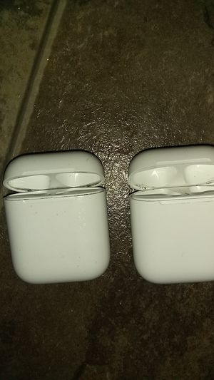 Airpods chargers only for Sale in Auburn, WA