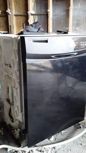 Whirlpool dishwasher for Sale in Carrollton, TX