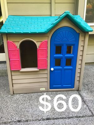 Little Tikes Outdoor Playhouse for Sale in Redmond, WA