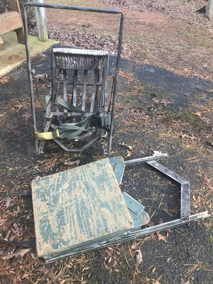Tree stand do not know manufacturer for Sale in Rocky Mount, VA