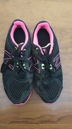 New Balance womens shoes size 9 for Sale in Laurel, MD