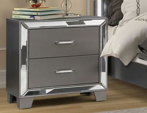 B1004 Silver Mirrored Nightstand for Sale in US