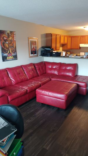 Sectional couch with ottoman for Sale in Nashville, TN