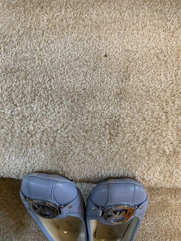 Micheal kors moccasins flats/ sandals size 7.5