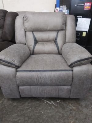 Brand new power motion sofa/love/recliner for Sale in Hilliard, OH