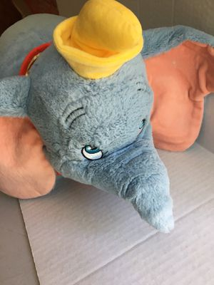 Disney's Winnie the Pooh Pillow Pet Stuffed animal Plush for Sale in Santa Ana, CA