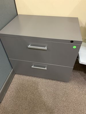 """30"""" x 20"""" two drawer metal lateral filing cabinet for Sale in Anaheim, CA"""