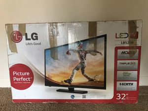 """32"""" inch LED TV and Stand for Sale in Pittsburgh, PA"""