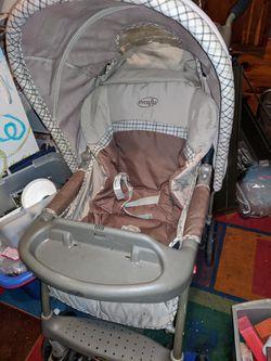 Evenflo baby stroller for Sale in Prattville,  AL