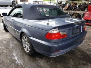 2001 BMW 330 3 SERIES FOR PARTS for Sale in Fontana, CA