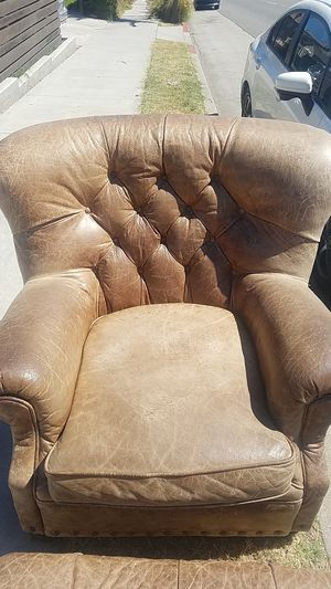 FREE Leather chair and ottoman. for Sale in Long Beach, CA