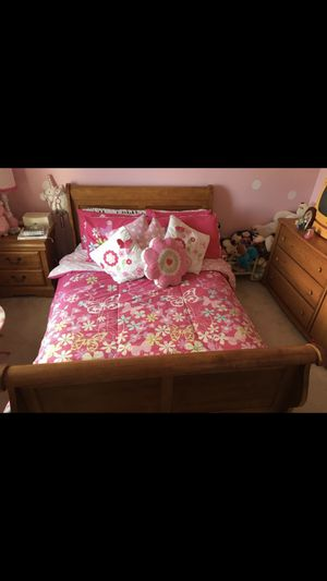 Full bedroom girls or boys set for Sale in Bolingbrook, IL