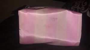 Small Victoria secret make up bag for Sale in Phoenix, AZ