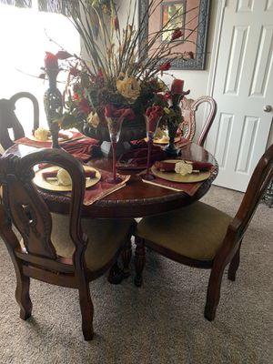 Table set for Sale in Haltom City, TX