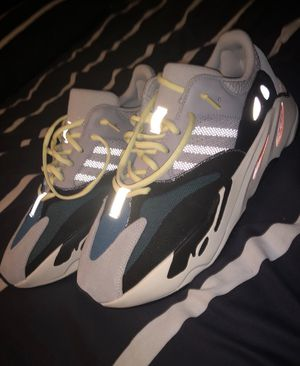 Yeezy 700 wave runners for Sale in Detroit, MI