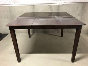 High Top Dinning Room Table for Sale in Bridgeport, WV