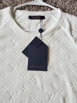 Louis Vuitton Monogram T shirt men for Sale in Puyallup, WA