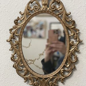 Beautiful Ornate Gold Framed Mirror for Sale in Seattle, WA