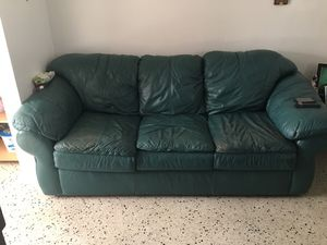 Couch must pick up for Sale in Miami, FL