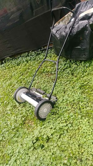 Vintage lawn mower for Sale in Nashville, TN