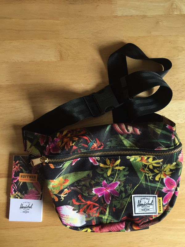 Herschel Fanny Pack, Hip Pack New with Tags
