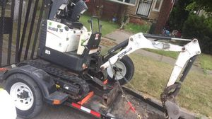 Mini Excavator bobcat , model418 574 hrs on it. Trailer included!!! for Sale in Detroit, MI