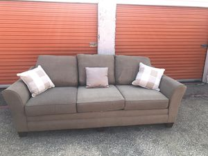 Couch & chair for Sale in Arlington, TX