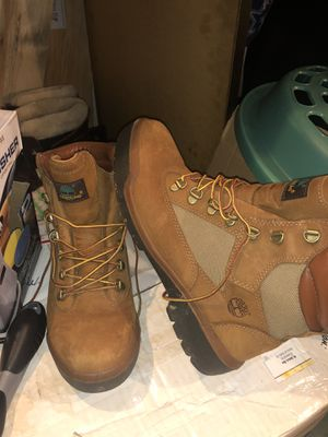 6in Timberlnd Field Boots size 9 for Sale in Arlington, VA