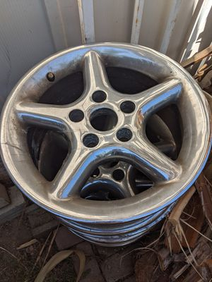 4 15 Inch Rims for Sale in Rialto, CA