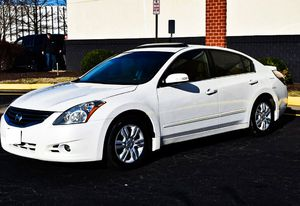 Price $1000 2010 Nissan Altima for Sale in Baltimore, MD