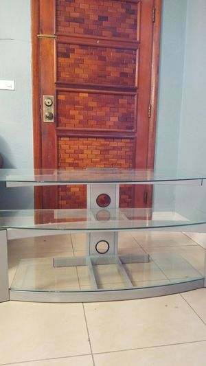 Glass tv stand for Sale in Olympia Heights, FL