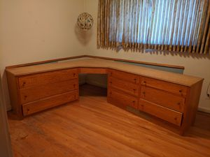 L shaped corner desk dresser with drawers for Sale in Baltimore, MD