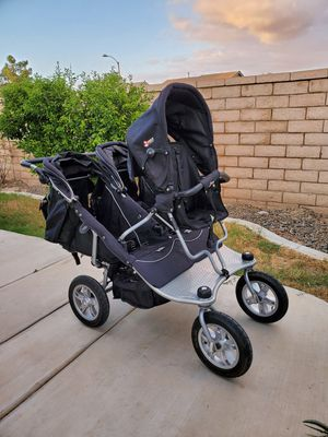 Valco double/Triple stroller with joey seat for Sale in Perris, CA