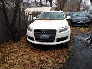 2007 Audi Q7 for parts only engine is no good so parts only for Sale in New Haven, CT