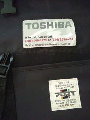 Hi-end NEW Toshiba Laptop/Notebook Satchel his/her. for Sale in Seattle, WA