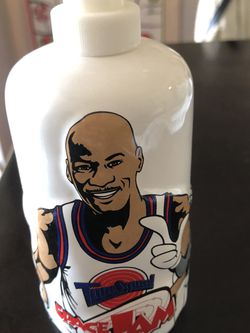Rare 90s Vintage Space Jam Michael Jordan Soap Dispenser for Sale in Santa Ana,  CA