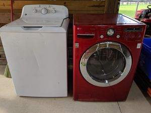 FREE Two washers. The red one has a leack and the White one doesn't work. for Sale in Zephyrhills, FL